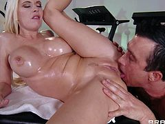 Billy Glide enjoys in getting a chance to give Riley Evans a hot and sensual massage and makes her really relaxed and turned on, so she sucks his hard rod in return