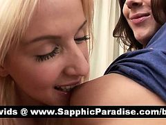 Hot blonde and brunette lesbos kissing and having lesbo sex