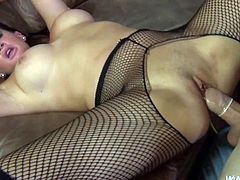 Tattooed and skillful cock sucker Tory Lane with glasses is having amazing fuck indoors