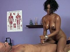 Bootylicious black milf massages gently meety cock of bald daddy