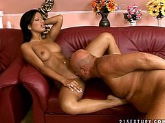 Sexy brunette cutie Kyra Black fucks her pussy with a dildo and lets her man watch her. Then she pleases him with a blowjob and enjoys jumping on his hard cock.