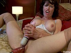 Veronica Avluv is looking for some self stimulation. Watch this busty MILF play with her wet hole. This brunette is a moaner, so thing are about to get loud!