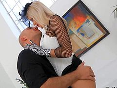 Skiun leggy blonde Lolli Moon with bald pussy and small ass gets shared before she gets down on her knees in front of horny guy and sucks his dick. Elegant blonde in gloves gives sensual blowjob.