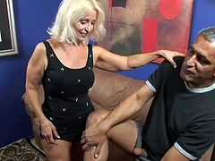 Grandpa and grandma don't get bored. They are not young anymore but surely they still have a great sex life. With a lot of years of experience in fucking the old fart fucks his granny's mouth and she loves sucking that saggy sausage. Wanna see some more? Then keep watching and enjoy it!