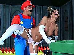 Brooklyn Chase,Keiran Lee and Toni Ribas in wild threesome role playing porn session