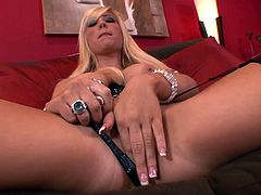 blonde beauty is horny and wild eager to penetrate her tight vag in her naughty solo