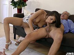 Bootylicious hot slut Henessy wanna get her wet pussy polished by old man