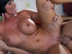 Shay Fox Milf do love round A Vigorous camp bitch in tthis chab kitchen
