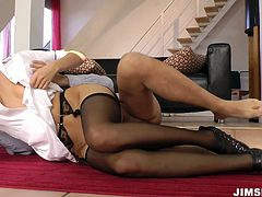 Andrea is fantastically alluring babe having stunning body shape. She sucks hard dick deepthroat and then rides the prick like crazy. Thrilling sex video that is definitely worth watching.