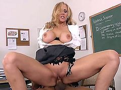 Pretty young black dude Ethan Hunt seduced for hot fuck a young blonde Julia Ann and pumping her puss and naughtily licking it right on his desk.