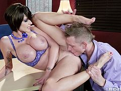 Brunette with big tits likes teasing her boss and having him fucvk that shaved cunt