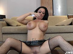 Busty sex machine Kerry Louise rides cock like crazy