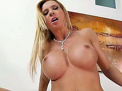 Michael Vegas gets pleasure from fucking Exotic Brooke Tyler in her fuck hole