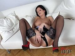 Brunette with shaved pussy Sandra Shine is fingering