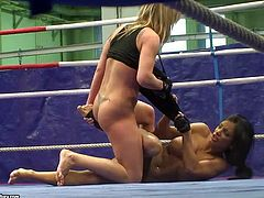 Kyra and Jessica play dirty in wrestling ring