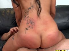 Hell seductive woman with big rounded booty is fucking feisty in a hot Reality Kings porn clip. Brutal bald dude lifts her up poking her cunt hard. He glazes her booty when he cums. Tasty sex clip.