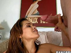 Daisy Marie is one charming hot blooded babe. She shows off her sexy body and gets her pink hole drilled by rock hard dick. This sultry babe takes dick in her mouth after pussy with big enthusiasm.
