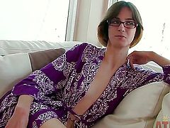 Brunette Jay Taylor with small boobs is on the way to orgasm with dildo in her twat