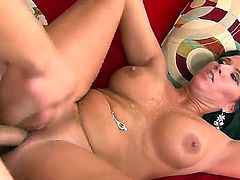 Perfect milf Kendra Secrets for hardcore fucking takes a dick in her gorgeous pussy