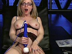 Horny milf likes posing her twat when getting deep drilled by her naughty toys