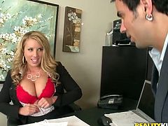 Big tittied blonde chick with pretty face gets her vagina and boobs licked in the office. After that she gets fucked and jizzed on her breast.