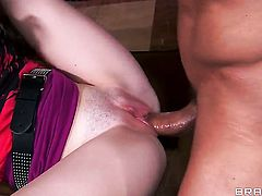 Tommy Gunn touches the hottest parts of eye-popping Lacy Channings body before he fucks her mouth