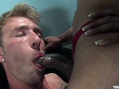 Sexy Jade the hot ebony tranny and Dean Strong suck each others dicks. Later on this guy gets ass fucked as he likes.