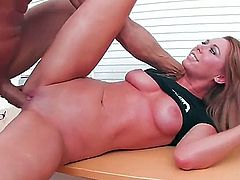 Brynn Tyler shows oral sex tricks to hot blooded man with passion and desire
