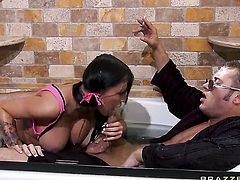 Danny Mountain makes Beautiful gal Jenna Presley with gigantic tits gag on his beefy snake