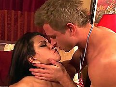 Teri Weigel is in heat in steamy oral action with Bill Bailey