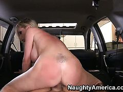 Christian enjoys fuck hungry Nikki Benzs wet hole in steamy hardcore action