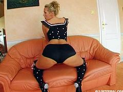 Well, dude, if you like solo performances, which can be hot like hell, then this Perfect Gonzo xxx clip is surely for you. Torrid blondie with nice tits and splendid slim body goes nuts about masturbation. Kinky chick in black high boots stretches legs as wide as possible on the couch and tickles her fancy passionately for orgasm.