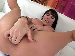 Eva Karera wants this hardcore anal session to last forever