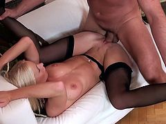 blondie in stocking gets fucked hard