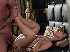 21 Sextury xxx clip will make you jizz in a flash. Dirty harlot with sweet tits and pretty face thirsts for a sex right in the early morning. Palatable charming gal with smooth ass provides her BF with a footjob and gets her feet licked in return.