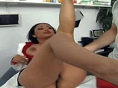 She must be so sweet and delicious between her legs. Buxom and sultry Indian brunette Priya Rai opens her legs and a white guy has the sweetest pussy treat ever.
