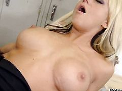 Briana Blair gagging on Peter Norths stiff schlong