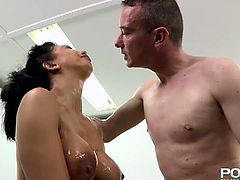 Watch the naughty raven-haired brunette flaunting her hot tits while her clam gets spectacularly dildoed, oiled and fisted into kingdom come.