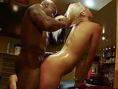 A blonde fucking slut gets tied up and fucking fucked in this kinky bondage scene right here, hit play and check it out!