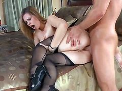 Turned pale brunette milf Tara Lynn Foxx with big natural tits and smoking hot round bouncing ass gives head to young handsome stud Bill Bailey and gets rammed balls deep.