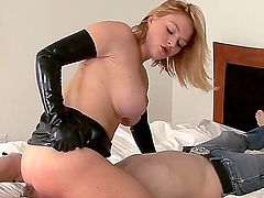 Rude blonde chick Krissy Lynn handcuffed her friend Pierce Johnson and got him on the bed  she is sitting on his face and making to lick her twat.