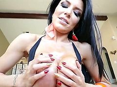 Kevin Moore gives his cock to Romi Rain and she handles it well with her hands and mouth