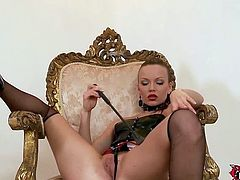 Czech mistress in ebony Allison