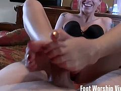 Enjoy this awesome compilation where some hot blonde, brunette and redhead college babes take their time to worship each other's feet. Some of then even give their men a hot footjob.