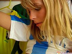I love sporty fit girls wearing uniform. They look so hot and sexy. Watch these Russian football players going kinky and naughty in a locker room after training session. They eat one another's wet pussy. Hot Seventeen Video free porn clip on Any Sex.