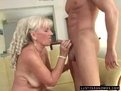 21 Sextury xxx clip provides with a horny blond fatso. This kinky gammer with droopy boobs gets rid of her lingerie and opens wet mature cunt to get it licked. Horn-mad booty bitch kneels down then to give a solid blowjob to a strong stud.