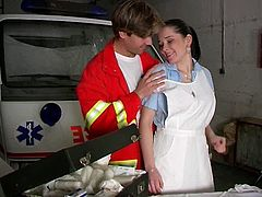 Sex hungry nurse boy seduces a tasty looking busty nurse in garage. He takes off her clothes to oral stroke her big jugs before he polishes her pink vagina with his tongue.