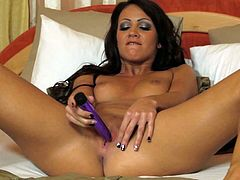 Torrid brunette bombshell has got gorgeous body shape. She strips seductively. Then, she lies on a bed fingering her snatch actively. Later she pokes her pussy with her favorite sex toy. Arousing solo masturbation free porn clip brought to you by 21 Sextury.