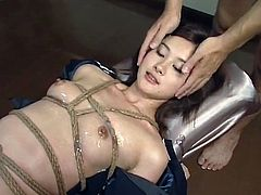 Hot japanese in nasty bukkake video