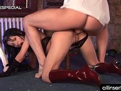Sexy pole dancer taking shaft and fat dildo deep in her pussy